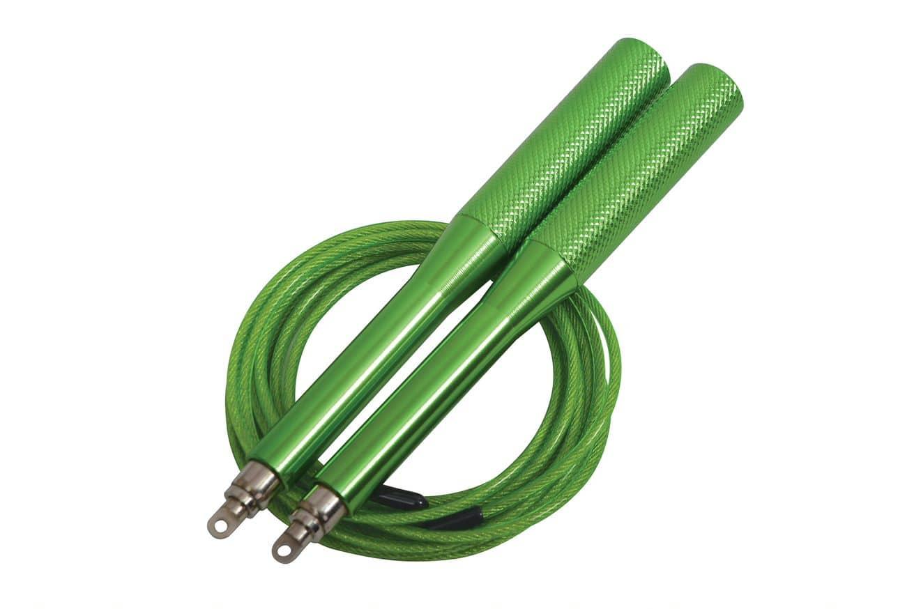 <h3>Springseil</h3><p> Fitness Springseil Speed Rope Pro <p>Schnelldrehendes, hochflexibles und mit Kunststoff ummanteltes Stahlseil mit hochwertigen (15cm) Aluminium-Griffen (grün eloxiert). Seillänge 300cm (ø2,6mm) individuell einstellbar, geeignet für Körpergrößen bis ca. 195cm. 360° Drehgelenke an den Griffenden sorgen für schnelle gleichmäßige Rotation, inkl. Aufbewahrungstasche für unterwegs, in neuer Kartonverpackung. Gewicht: 220g.<p> </p>